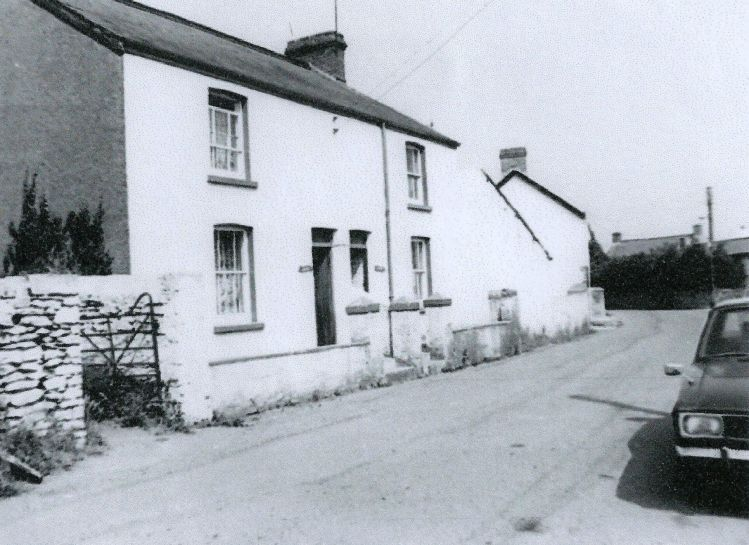 Treoes in the 1950s, Brynteg and the main road through the village